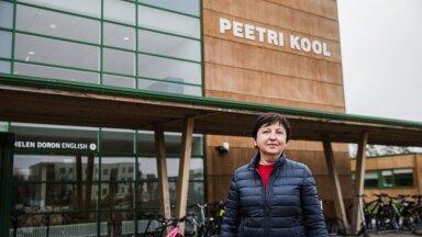 Peetri kooli direktor Luule Niinesalu on kahe käega kavandatava trammiliini poolt.