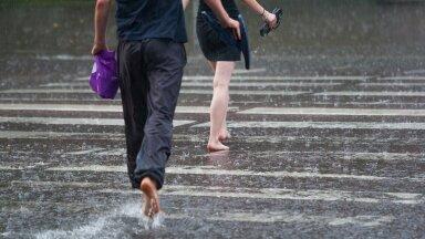 Päikesevannide võtmise asemel tuleb leppida vihmahoogudega.