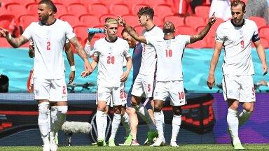 Inglismaa jalgpallikoondislased tähistamas väravat, mis tõi neile Horvaatia üle 1:0 võidu.