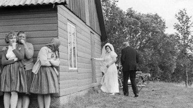 Секс был и в советской Эстонии! Но из-за отсутствия личного пространства — в туалетах и ваннах тесных квартир