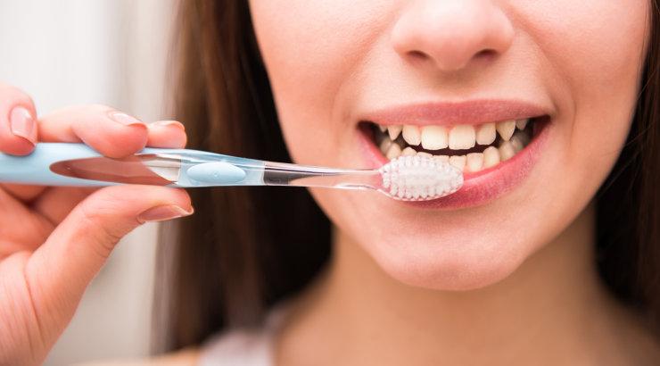 Hambaarstid hoiatavad: et tõsine terviseprobleem märkamata ei jääks, pööra tähelepanu suus toimuvatele iseärasustele