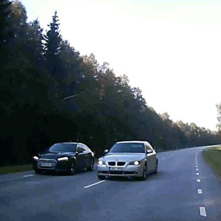ВИДЕО   Повезло: водитель BMW чудом не врезался во встречный автомобиль