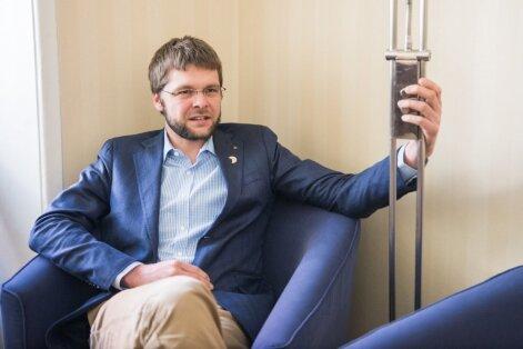 Jevgeni Ossinovski tahab riigiettevõtete nõukogudesse pädevamaid liikmeid ja kõigileettevõtetele ühistjärelevalveorganit.