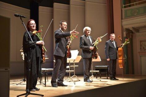 Tobiase kvartett Berliini Konzerthausi laval: Terje Männi, Maano Männi, Toomas Nestor ja Aare Tammesalu.