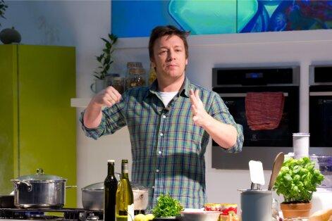 """""""Paljas kokk"""" ehk kes tegelikult on toidumisjonär Jamie Oliver?"""