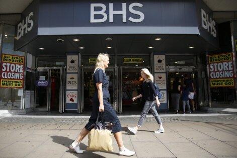 Briti miljardär röövis poeketi paljaks ja lasi töötajate pensionifondi põhja