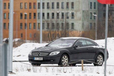 Jelena Glebova auto Mercedes-Benz CL 500