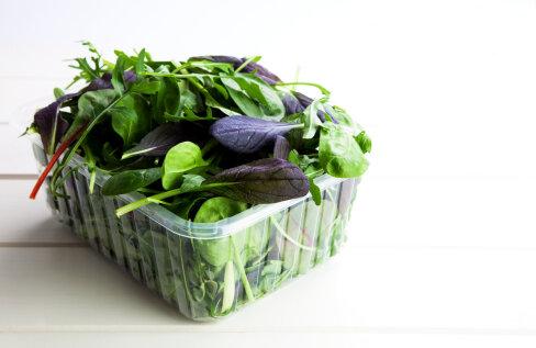 Toit otse karbist – kui head on kasutamiseks valmis rohelised salatisegud?