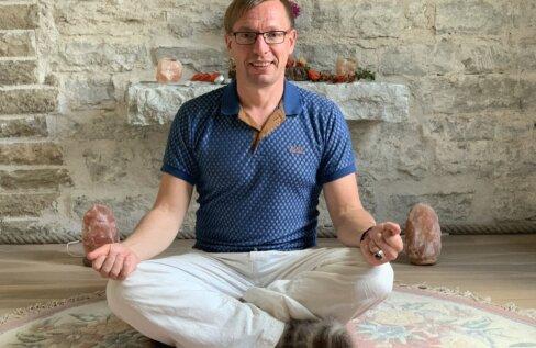Proovi järele! Terapeut Heiki Tomson kinnitab, et teadlik hingamine aitab lõdvestuda ja tunda rõõmu ning rahu