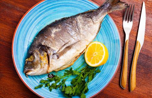Räägime kalast! Ingrem Raidjõe õpetab, kuidas muuta kalatoidud lastele meeldivaks ja milliseid apse peaks kalatoite valmistades vältima