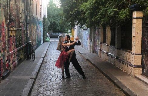 VIDEOÕPETUS | Vürtsita oma suhet ja õpi koos kaaslasega tantsima Argentiina tangot!