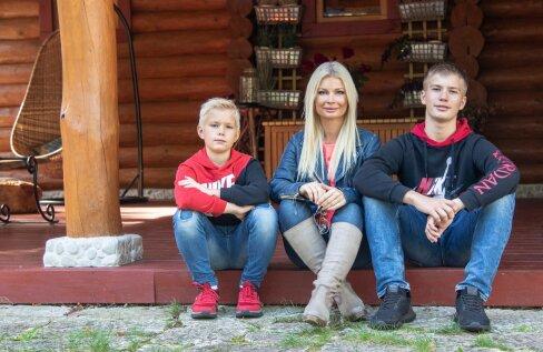MAAKODU KAANELUGU | Kadri Tali avab oma väikeses rannakülas asuva romantilise kodu uksed
