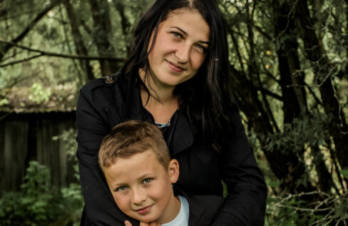 Ema poja ootamatust diagnoosist: istusin ja paitasin teda, nutsin lohutamatult, teadmata, mis temaga toimub