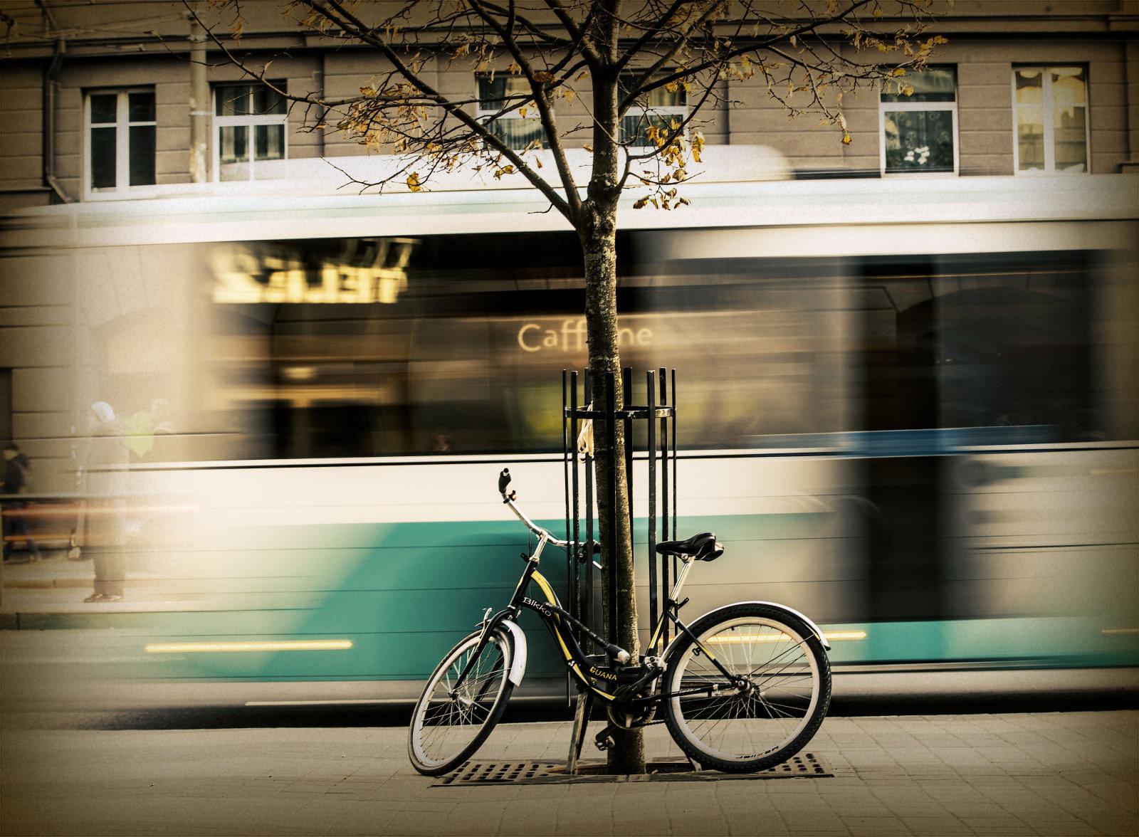 3df5222b39c Tallinnasse voorib iga päev juurde 50 000 autot. Linn jääb neile kitsaks