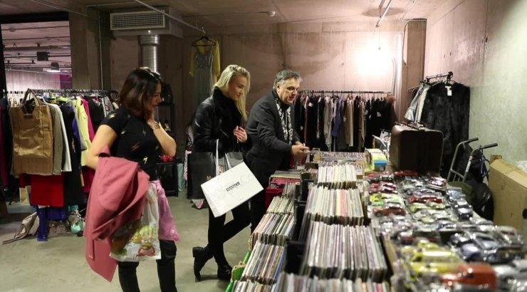 90210e72d27 VIDEO ja FOTOD   Repiortaaž Buduaari turult! Staarid müüvad eriti  eksklusiivseid riideid, saadaval isegi