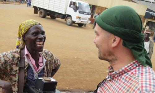 Katkend reisiraamatust: sina ei muuda Aafrikat, Aafrika muudab sind