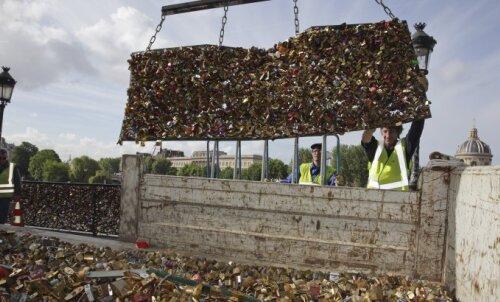 FOTOD: Pariisis alustati