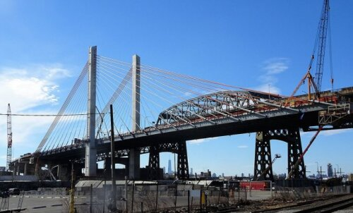 ВИДЕО: Взорван один из самых старых мостов Нью-Йорка