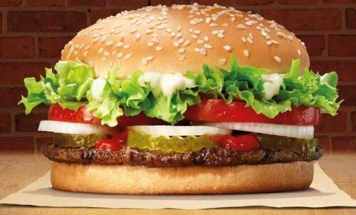 Tallinki laevale tuleb esimene Burger Kingi ujuvrestoran