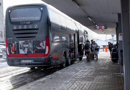 Riik võib hakata linnadevahelisi bussiliine kommertsvedajatelt üle võtma