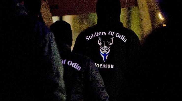 Soome keskkriminaalpolitsei hakkab uurima Soldiers of Odini iseseisvuspäeva meeleavaldust