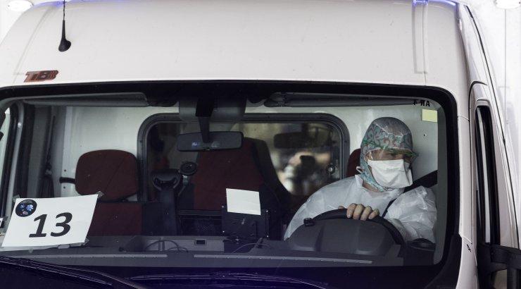 Во Франции заразившийся коронавирусом врач покончил с собой