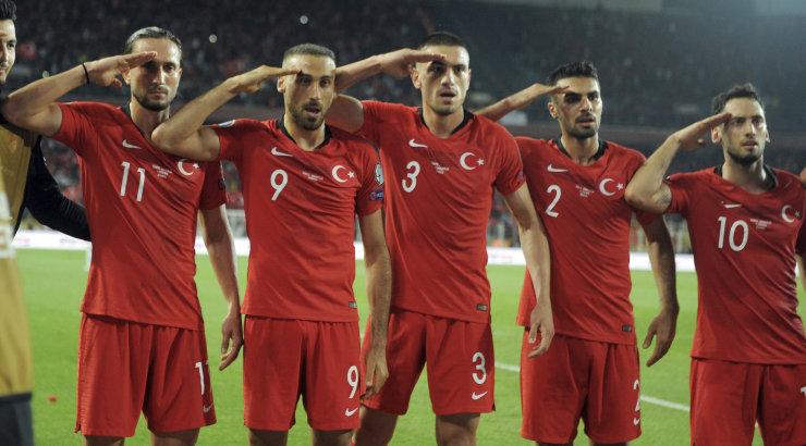 Сборная Турции по футболу сыграна вничью в матче с французской сборной