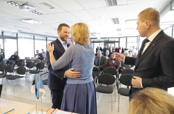 Margus Tsahkna (embab Kaia Iva) toetaja Marko Mihkelsoni (paremal) hinnangul tegi erakonna volikogu otsused, millega anti avalikkusele üheselt märku, et erakond muutusi ei soovi.