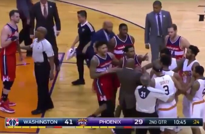 Rüselus kohtumises Washington Wizards - Phoenix Suns
