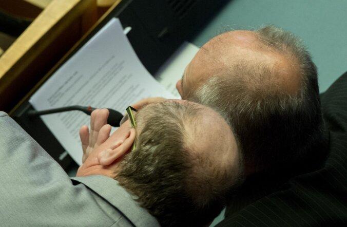 Reformierakonna soovil pikendati kooseluseadusi arutava riigikogu istungit tunni võrra