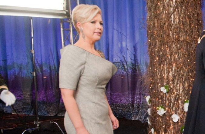 Moemajas töötanu: Evelini kleit on halvasti õmmeldud
