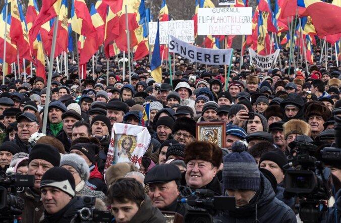 Chişinăus pühapäeval korraldatud meeleavaldusel nõudsid tuhanded inimesed uusi valimisi.