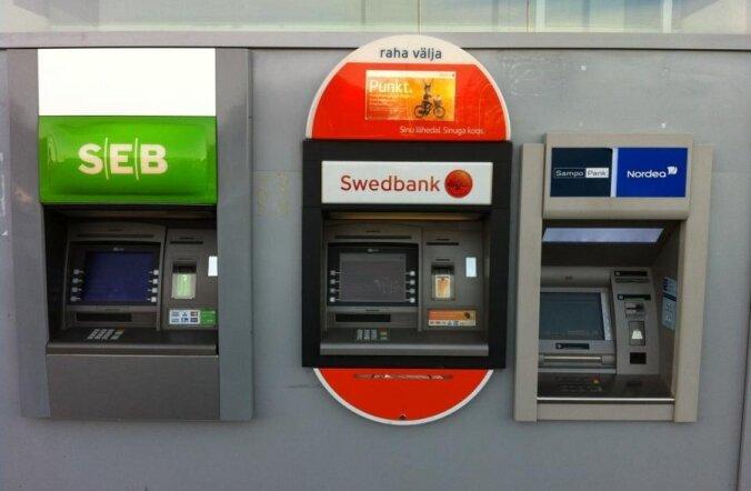 JUHTKIRI: End ühiskondlikult vastutustundlikuna reklaamiv Swedbank käitub automaate sulgedes vastutustundetult