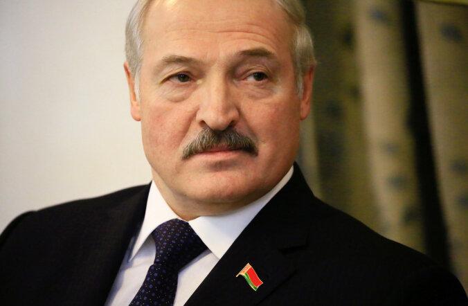 """Почему Лукашенко решился """"оголить"""" подступы к России?"""