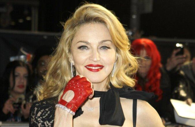 FOTO: Madonna imeilus alastipilt jõudis oksjonile!