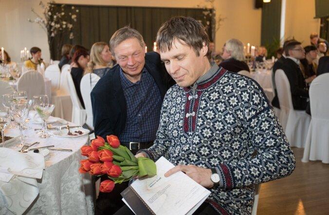 Kahekordne laureaat Hasso Krull ja kandidaat Tõnu Õnnepalu