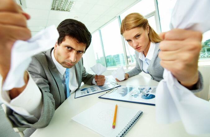 Вопрос юристу: работодатель требует работать сверхурочно — законно ли это?
