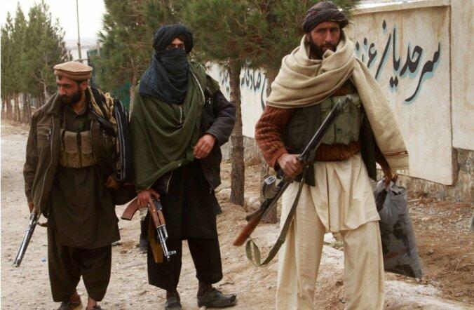 Pakistani Taliban ähvardas NATO varustusteid rünnakutega