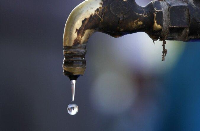 GRAAFIK: imeõhukesest grafeenist sõelaga võib merevee hõlpsasti joodavaks muuta