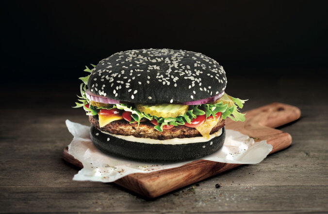 На станциях Circle K и Statoil предлагаются черные гамбургеры