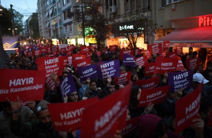 TURKEY-POLITICS-REFERENDUM-VOTE-DEMO
