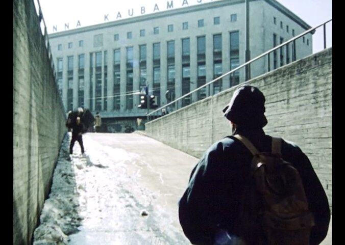 """VAATA FILMI: Täna """"Ma pole turist, ma elan siin""""! Delfi TV toob ekraanile kolm lahkunud Lembit Ulfsaki legendaarset linateost"""