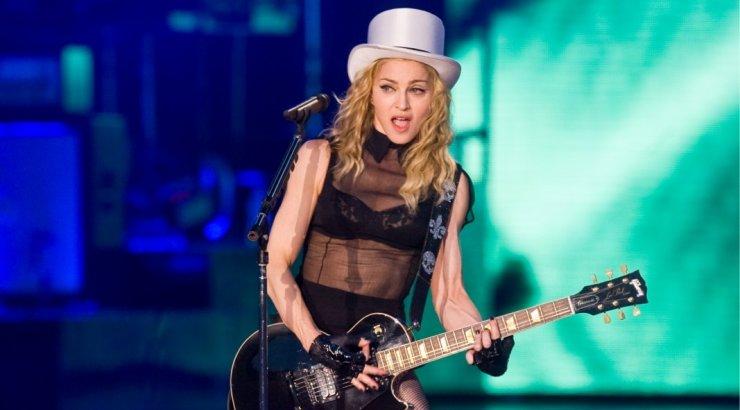 KLÕPS   Armastus ei küsi vanust! Madonna uus peika on temast 35 aastat noorem