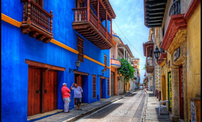 Cartagena, Colombia: tee heina, kui päike paistab
