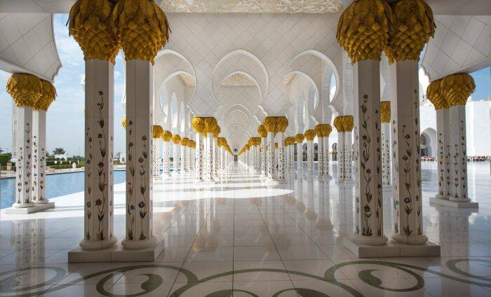 Abu Dhabi muutub aina populaarsemaks reisisihtkohaks: loe, miks seda luksusest pakatavat linna külastada!