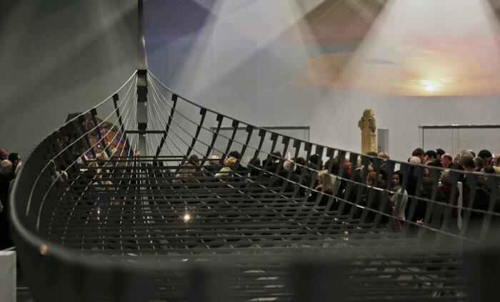 В Норвегии археологи случайно наткнулись на 1000-летнюю лодку викингов