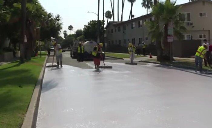 Зачем в Лос-Анджелесе красят дороги в белый цвет