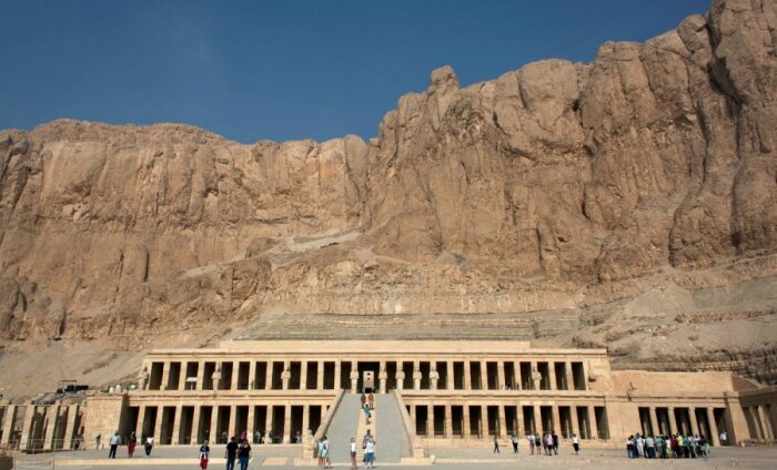 Egiptusest lahkumine läheb kallimaks - valitsus kehtestas lennujaamast lahkumise tasu