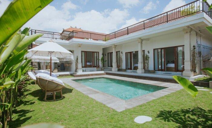 LUMMAVAD FOTOD   Eestlased avasid imekaunil Bali saarel oma majutusasutuse