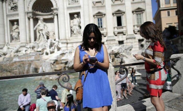 Enamus reisijaid ei soovi puhkuse ajal loobuda oma nutiseadmetest